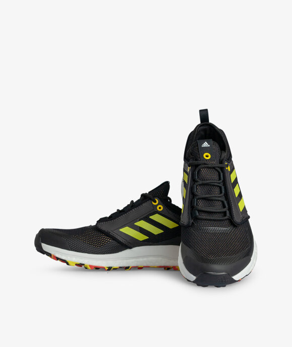 adidas Originals  - Terrex Agravic XT End