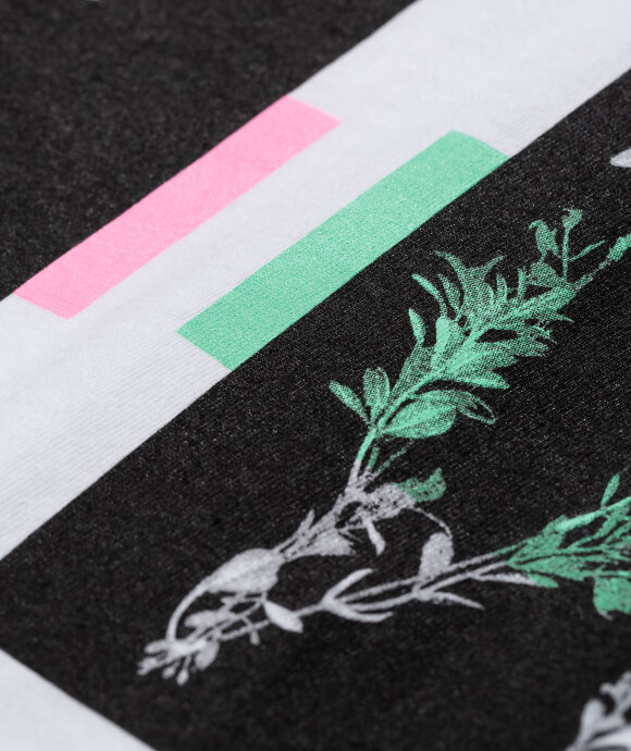 Know Wave - Branches Tee