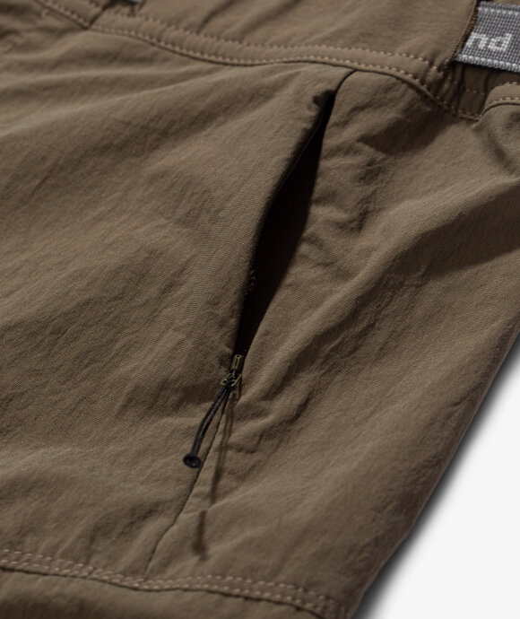 And Wander - Stretch Field Short