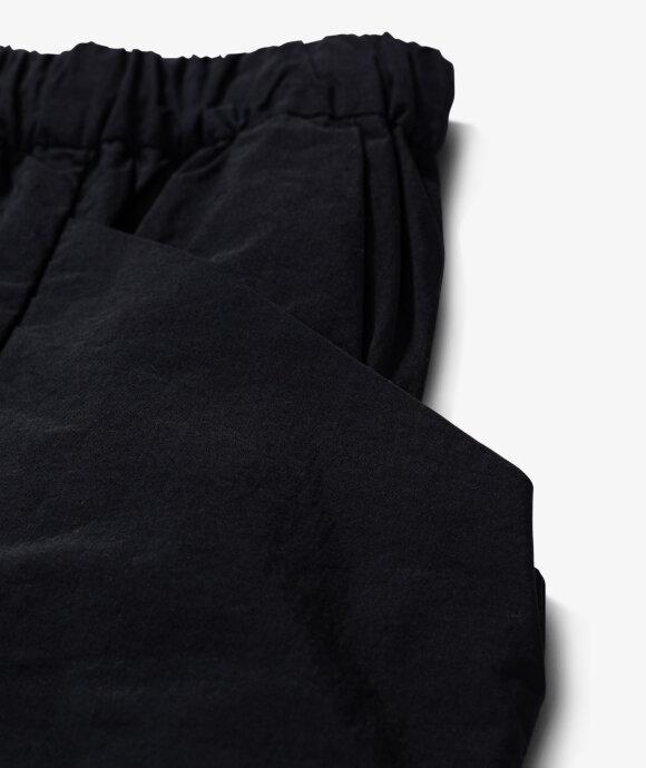 TEÄTORA - Packable Cargo Shorts
