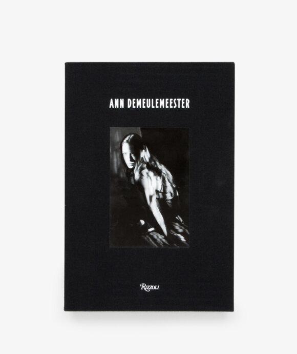 Books - Ann Demeulemeester